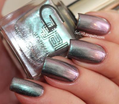 Glitter Gal - Distorted Platinum