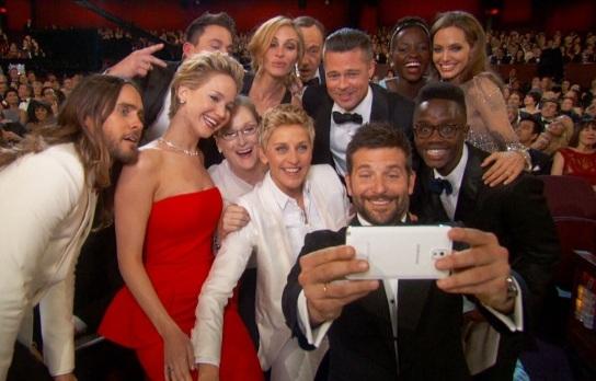 Aksi Selfie di Ajang Academy Awards Setingan Samsung