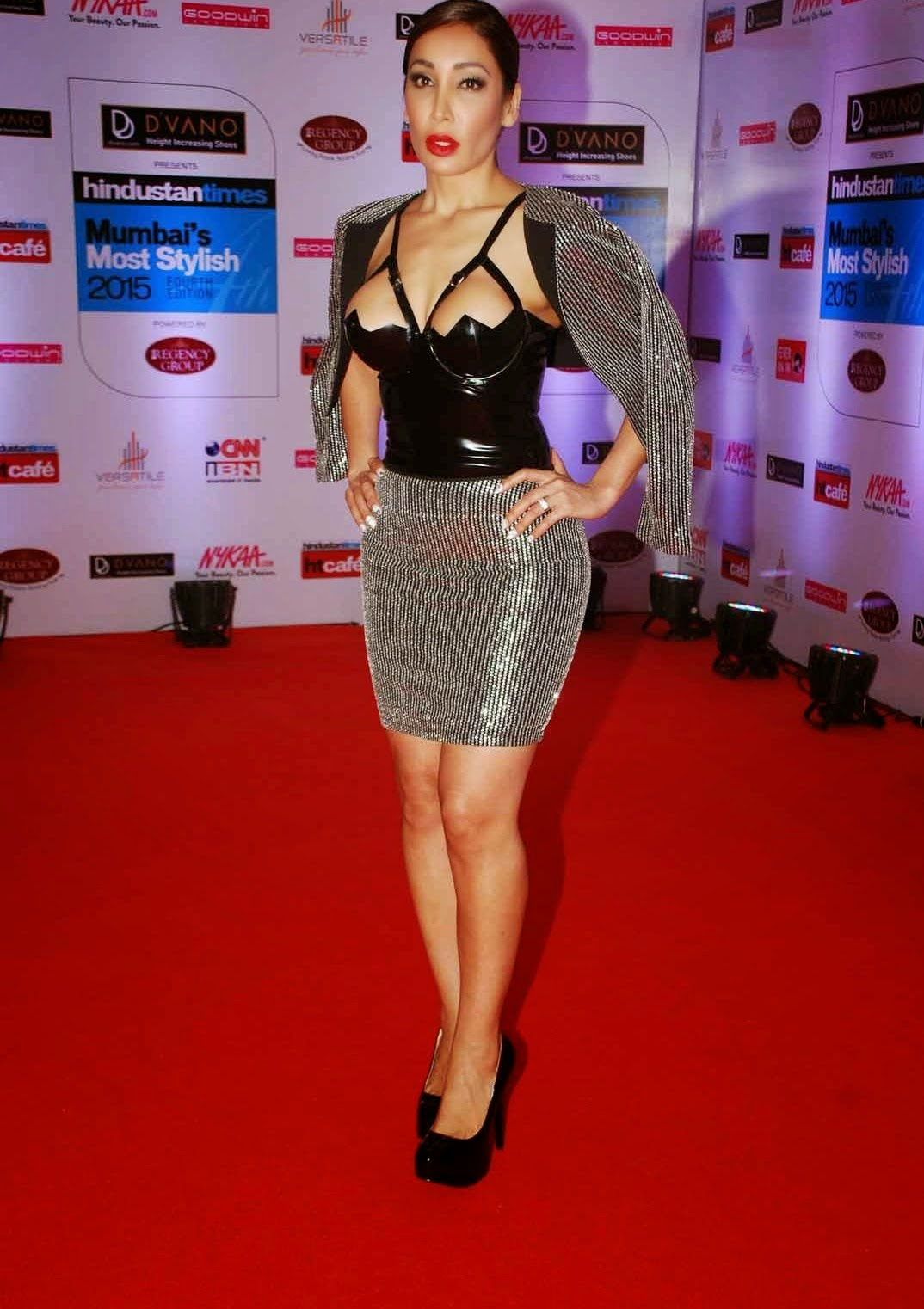 Spicy Stills - Sofia Hayat in Latex at HT Mumbai Most Stylish Awards ...
