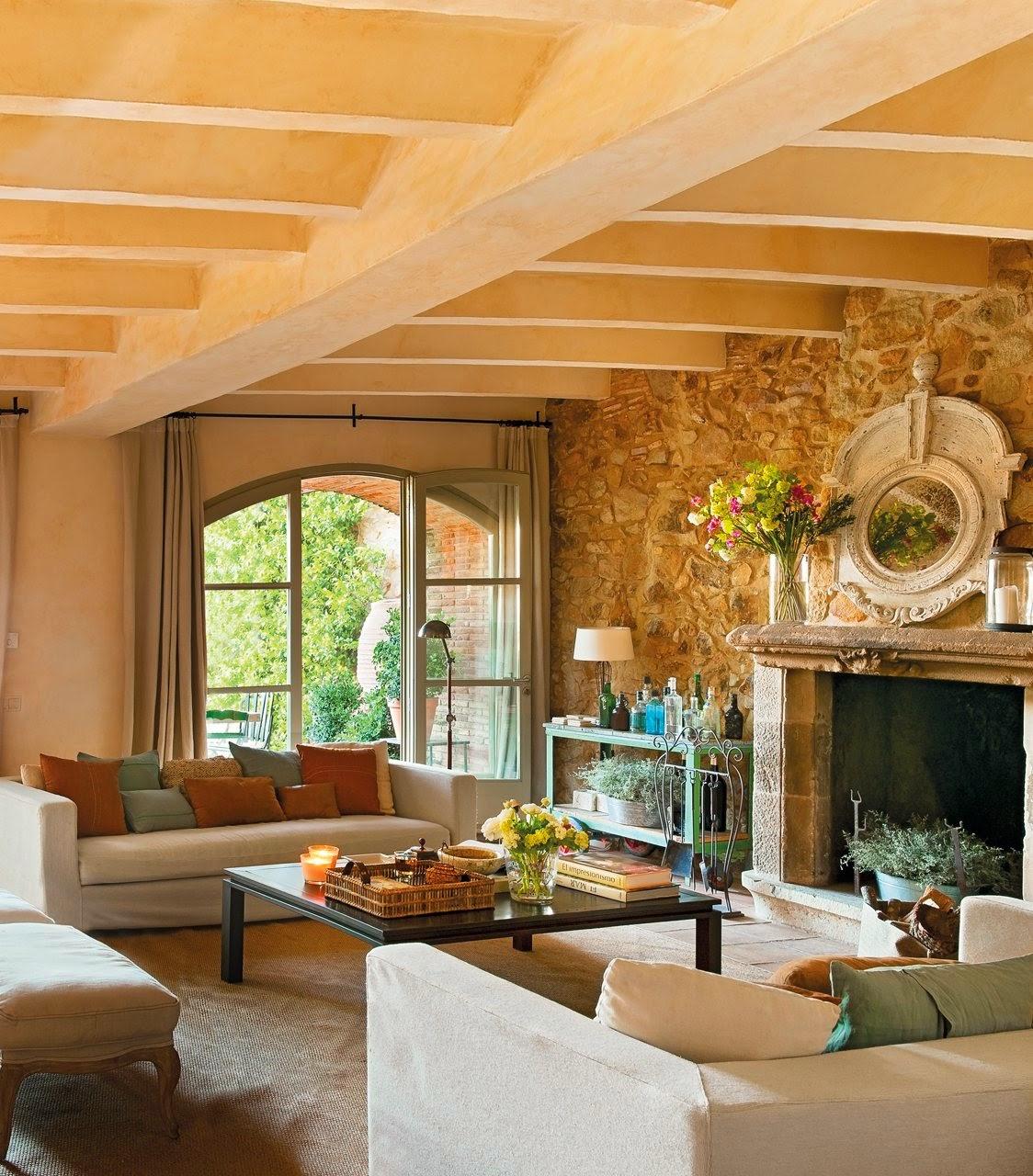 Essa casa tem mais de três seculos de historia, e ela é perfeita