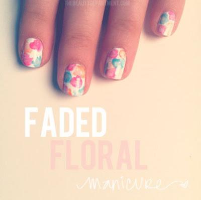 Manicure de flores acuarelable de forma rápida