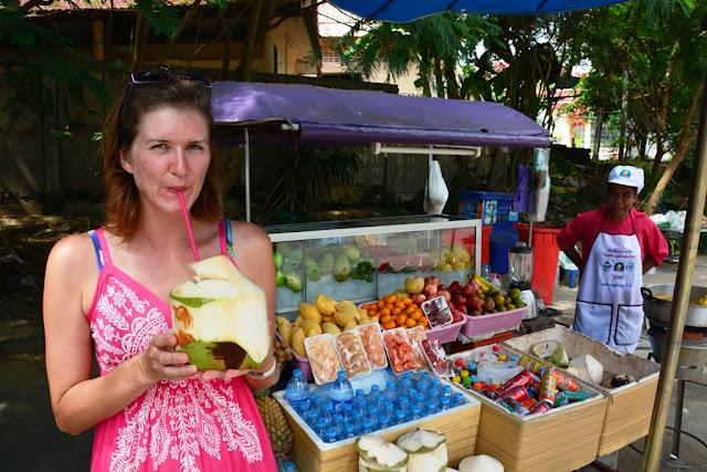 Naihorn Beach Phuket cocos