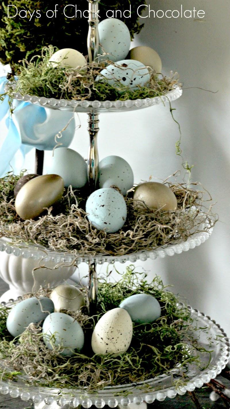 Touches of spring decor days of chalk and chocolate - Etagere weihnachtlich dekorieren ...