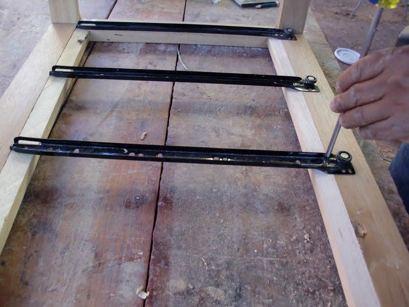 Decoraciones manualidades en madera instalaciones de Como colocar puertas correderas