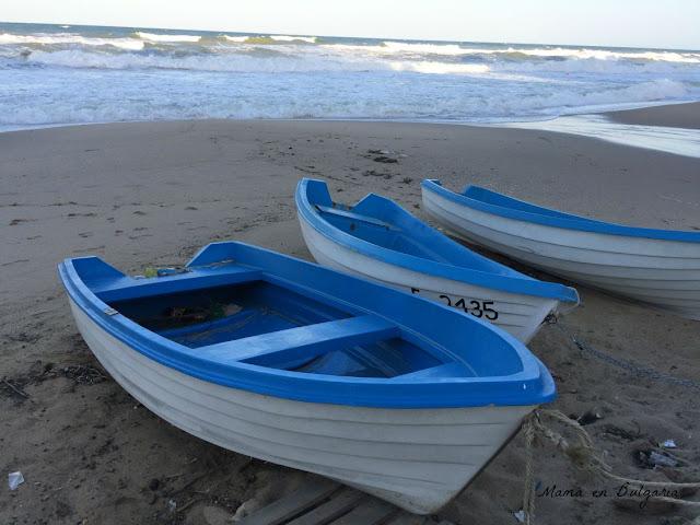 barcas de pescadores, Obzor, Bulgaria, playa