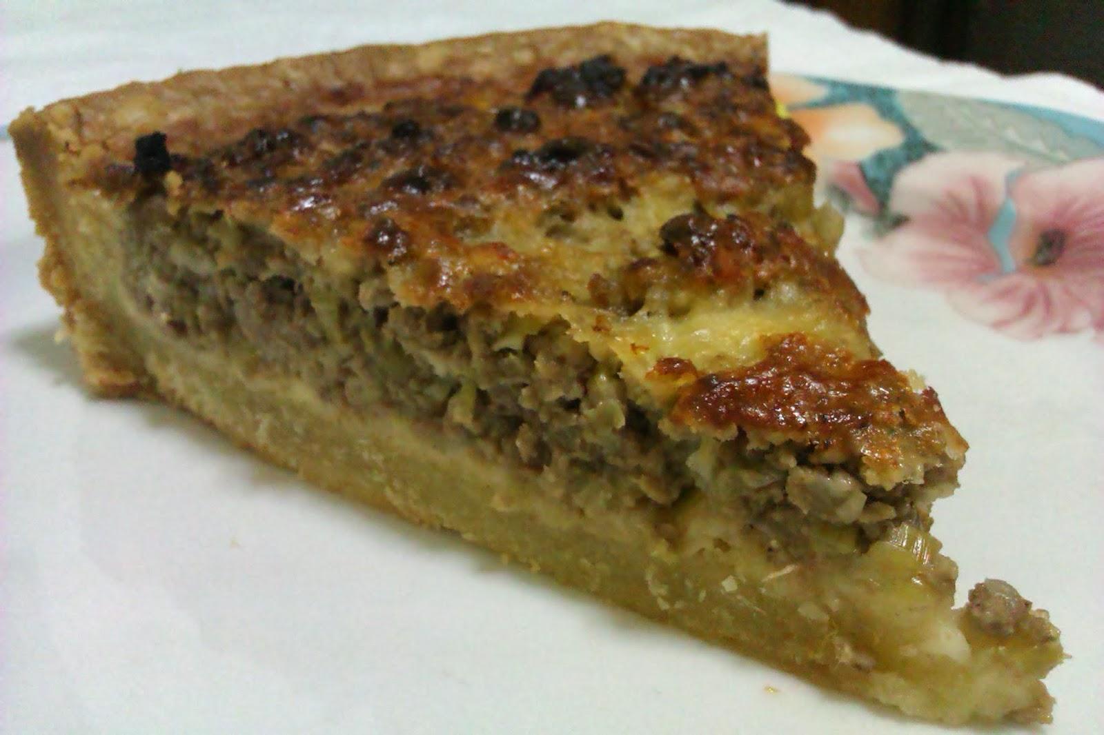 Greek Christmas Tart with meat & leeks