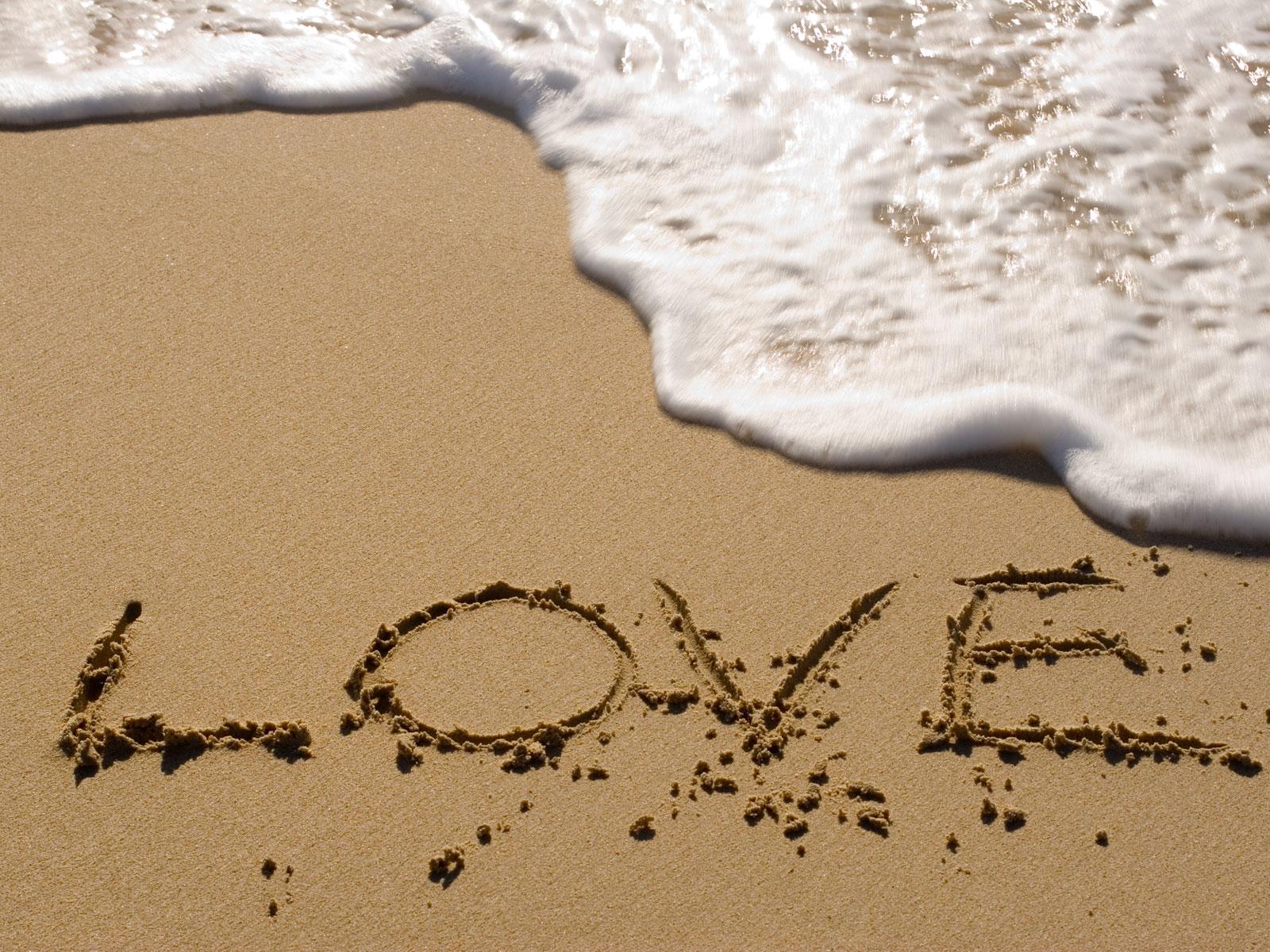 http://4.bp.blogspot.com/-i829u913wXU/TthB6s85jKI/AAAAAAAAAM0/45JYEKwNJDg/s1600/Love-Beach.jpg