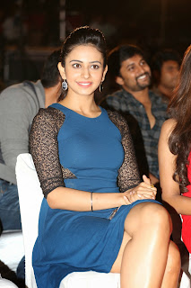 Rakul Preeth Singh at Pyar Mein Padipoyane Audio Launch  2901