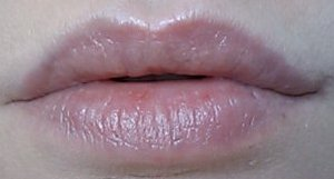Wet n Wild Silk Finish Lipstick - Breeze - 547A