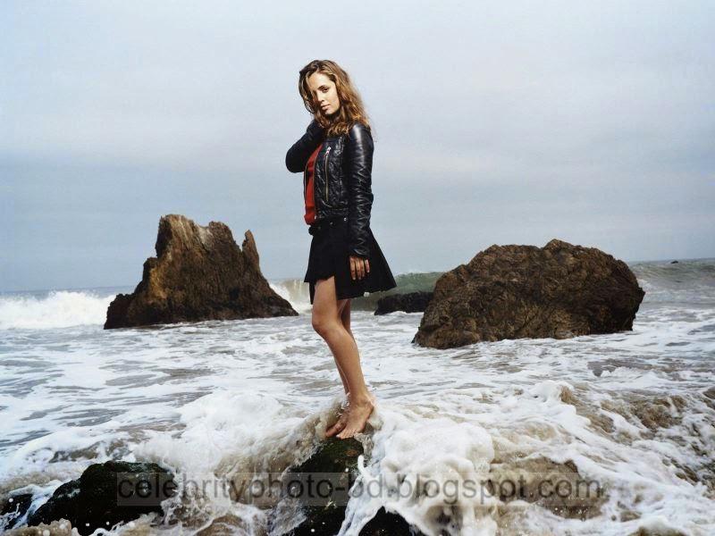 Eliza+Dushku+Latest+Hot+Photos+With+Short+Biography011