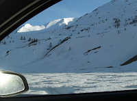Road trip Europe - Swtizerland - winter, icy lake