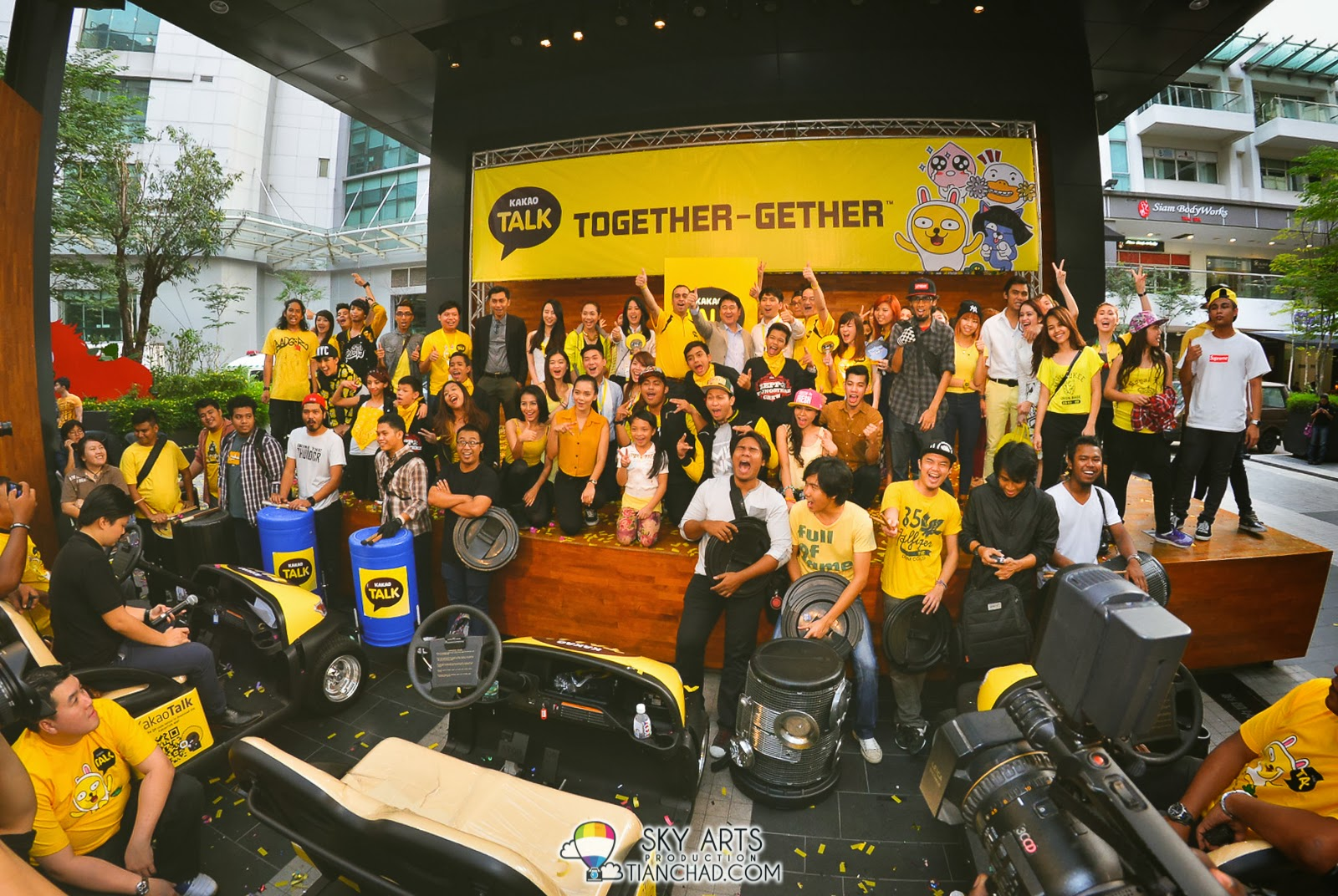 Glad to see KakaoTalk Malaysia get all the talented dancers and artists to get involved in this launch