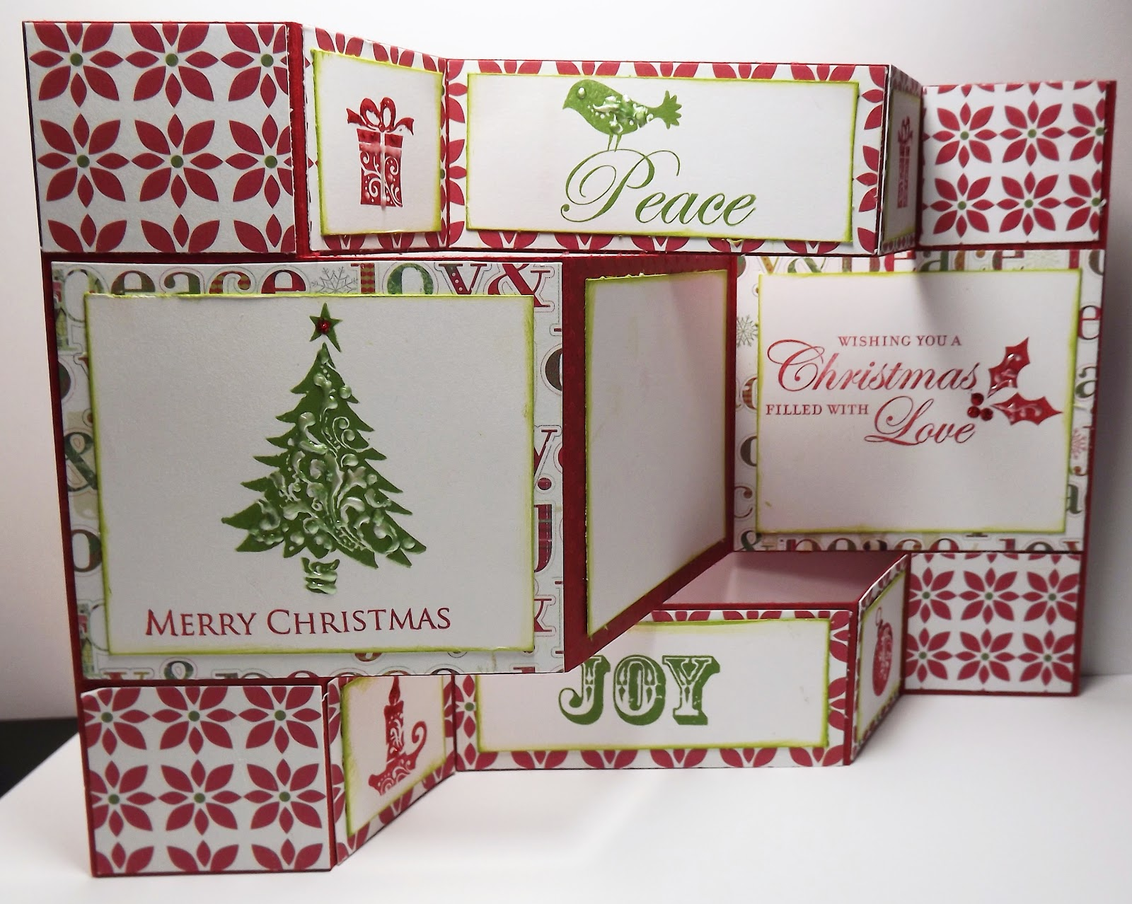 i have made a plethora of christmas cards this week the one in this post i am especially pleased with as the design came to me in moment of inspiration - Tri Fold Christmas Cards