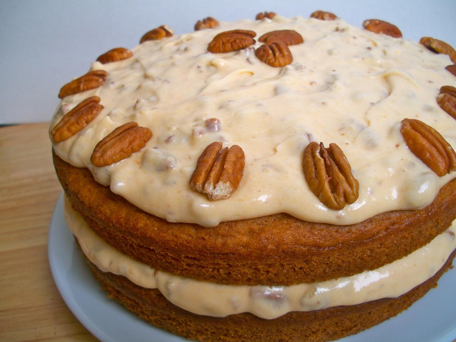 ... Bakes : Pumpkin Spice Cake with Pumpkin Pecan Cream Cheese Icing