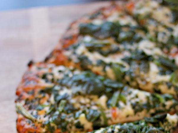 Review: Bon Appétit Frozen Pizza (And Giveaway, of course)