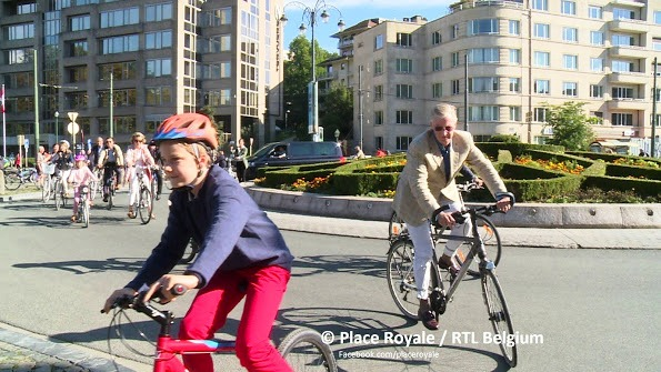 The Belgium Royals Joined In  The Car Free Sunday In Brussels