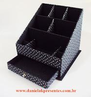 http://danielakpresentes.divitae.com.br/produto-117252-porta-maquiagem