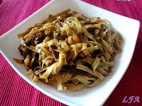 Tallarines chinos con salsa de soja