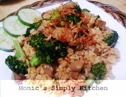 resep nasi goreng pedas ayam brokoli