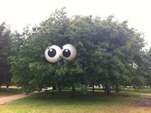 countdowns: Halloween beach ball eyes for tree (can be - Big Halloween Decorations