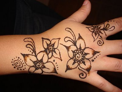 Mehndi Wolf Tattoo : All world fashion new and cricket updates best indian mehndi designs