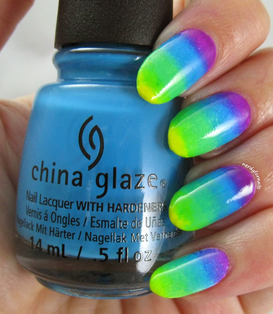 30 Days of Colour Green Gradient China Glaze Electric Nights