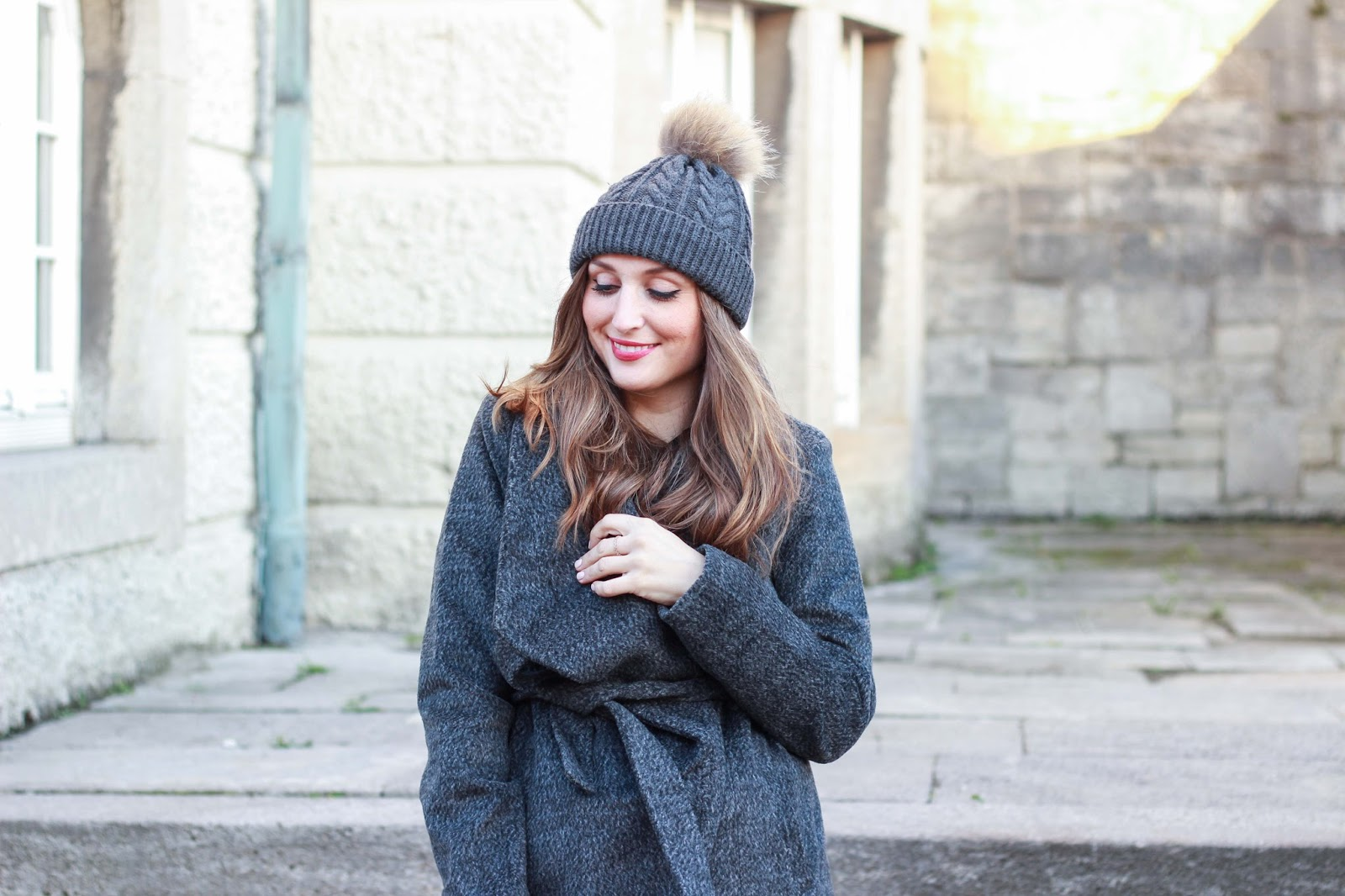 Graue Jacke kombinieren - Fashionblogger aus Deutschland - jessica Buurman - Overknees - graue Overknees - Fashionstylebyjohanna - German