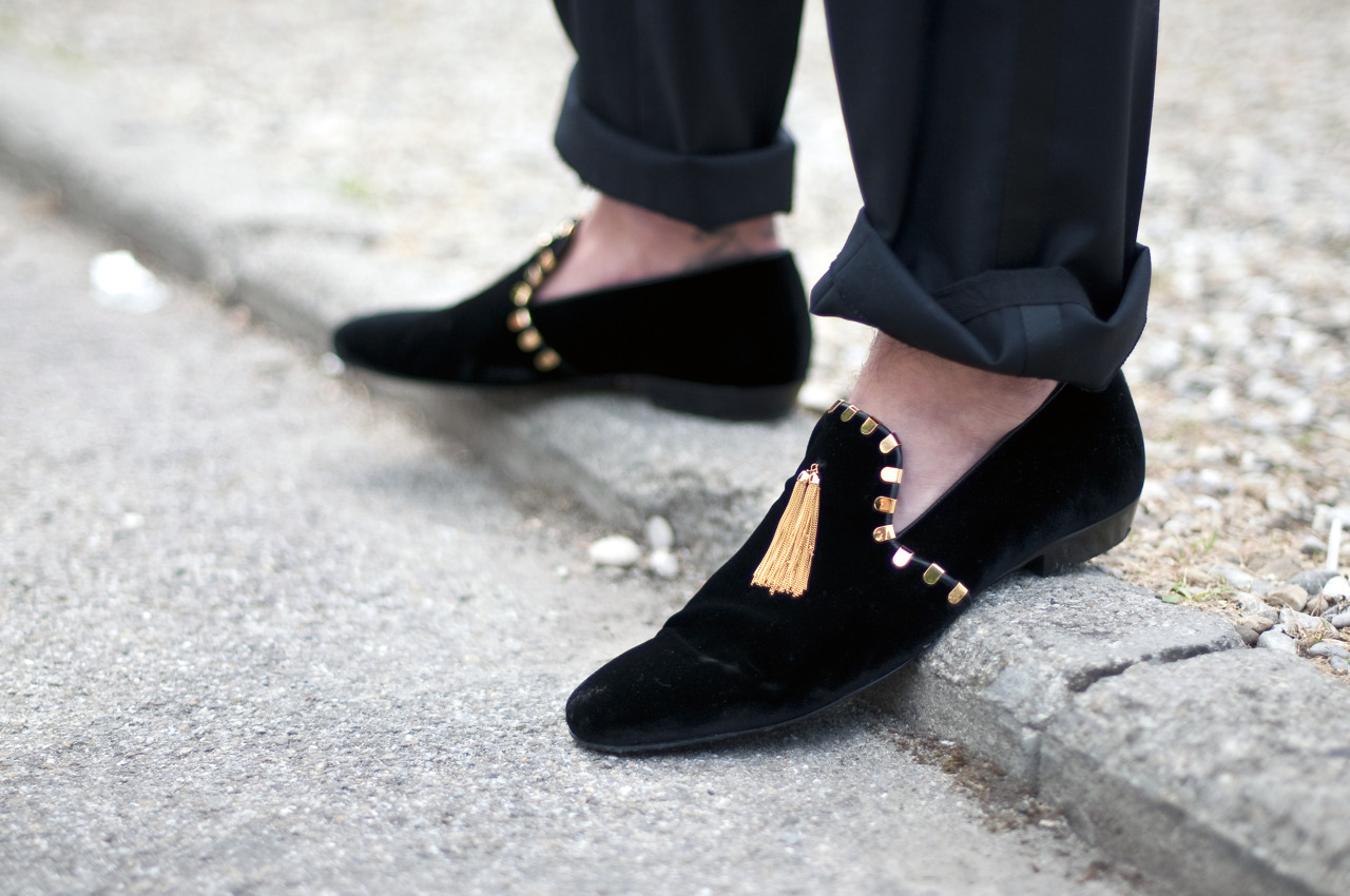 mens bedroom shoes. Street Style  Velvet Slippers for men MY FASHION TRICKS
