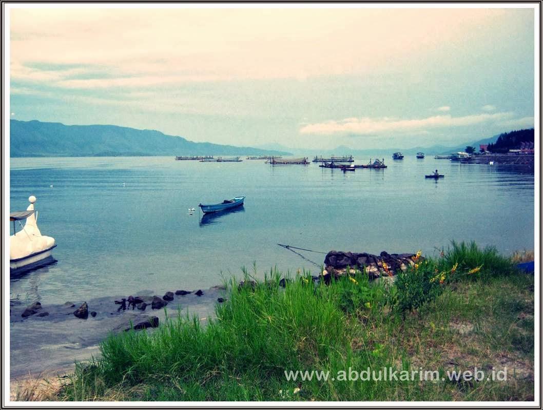 pagi indah di Danau Toba