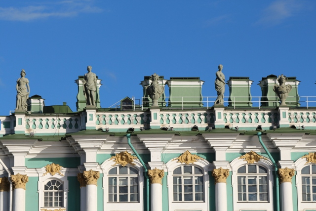 El Museo del Hermitage visto desde el Rio Neva