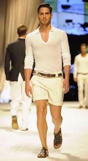 modelo Dolce & Gabbana - Pés Masculinos - Male Feet