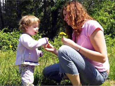 madre-hija-jugar