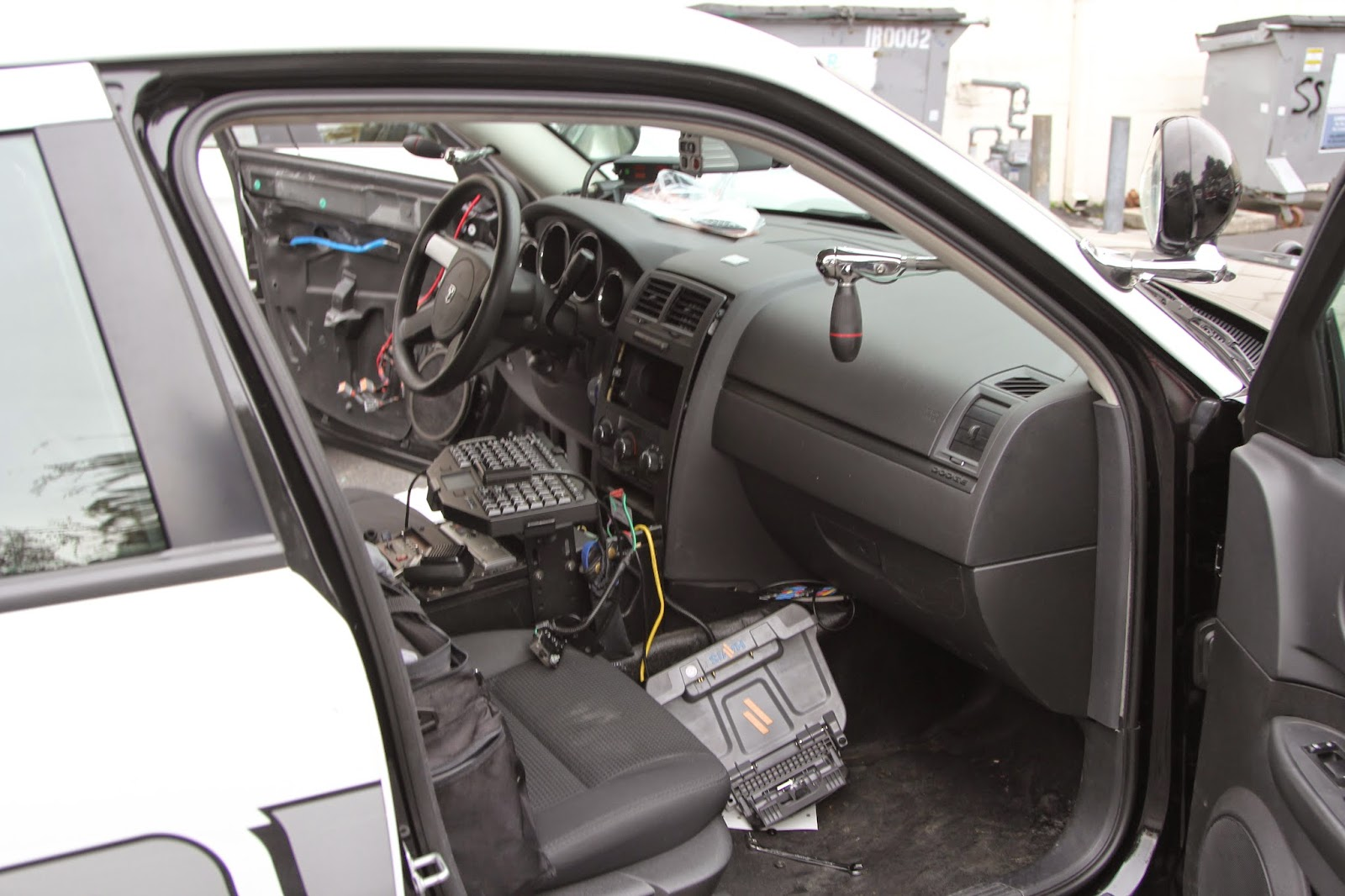 Monney Car Audio: Radio Installation Redwood City in a Police Car ...