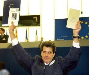EN MEMORIA DE OSWALDO PAYA SARDIñAS
