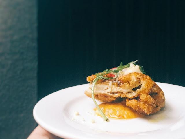 Singapore Wine Mansion - Fried Chicken with kimchi yoghurt sauce