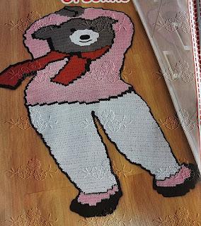 Tapete infantil de crochê em formato de Ursinha