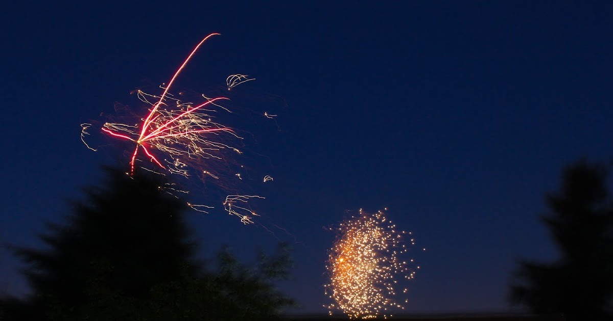 the owens family fireworks in our backyard