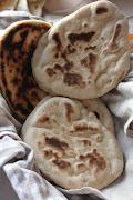 Indisk mint sauce og naan brød