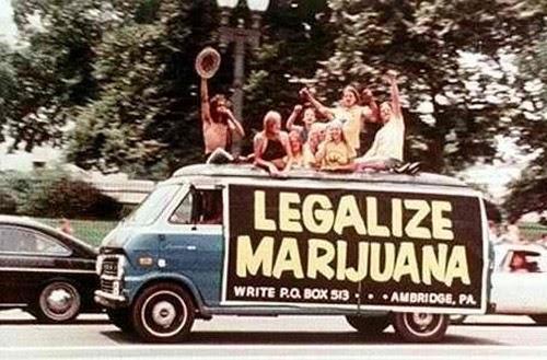 king weed smoking land