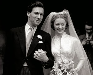 In 1950, Moira Shearer married journalist and broadcaster Ludovic Kennedy.