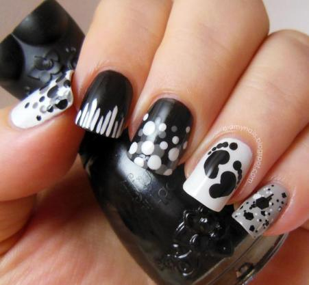 Nail Art for Teens http://www.becomestyles.com/2013/01/pretty-nails-art-design-for-teenagers.html
