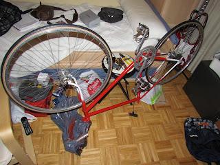 Restaurando la bicicleta: montando las ruedas