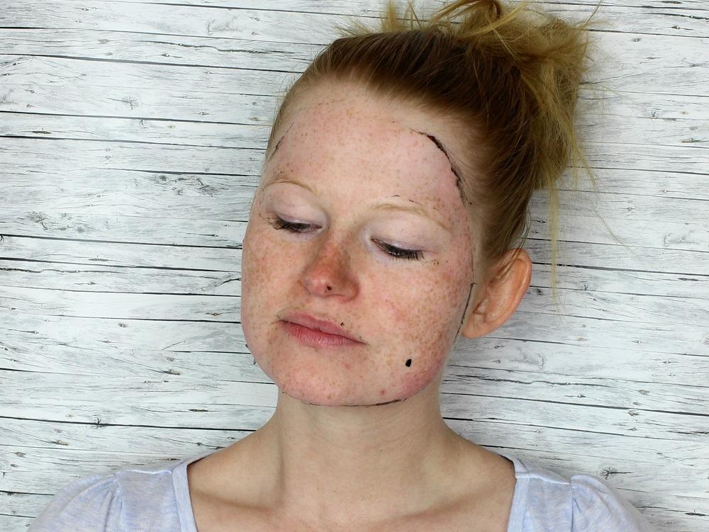beauty, maske, review, meinung, akne, blackheads, mitesser, fettige haut, hautschuppen, reine haut, peel off maske, mud mask, Incredible Face Mask, maybeauty, Tiefseeschlamm