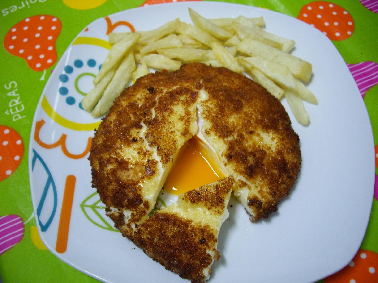 Huevos fritos con capucha