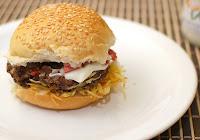 Hambúrguer de Soja com Tomate-Seco (vegana)