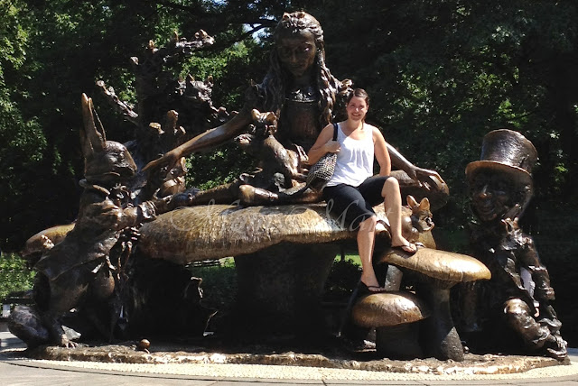 Central Park Alice in Wonderland Statue, NY
