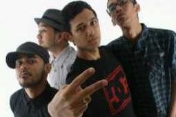 Bondan Prakoso Feat Fade 2 Black - Kita Selamanya
