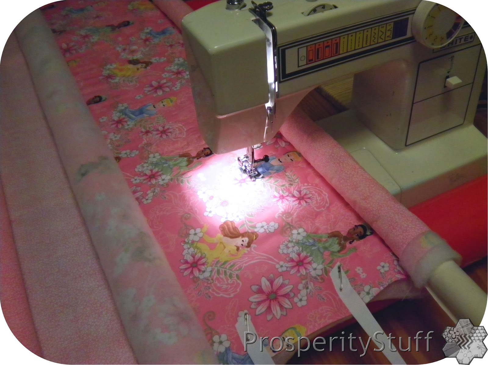 ProsperityStuff Quilts: Wholecloth Quilts on a Frame!