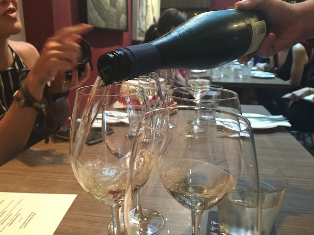 Duxton Singapore - Praelum Wine Bistro