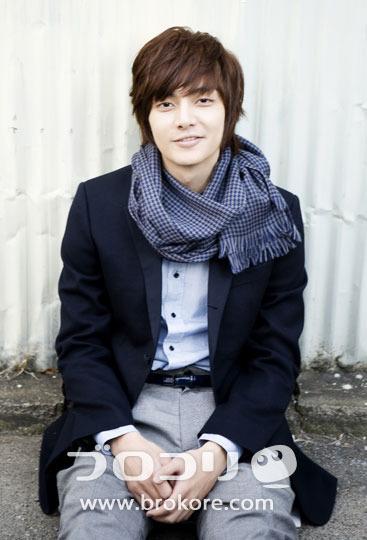 Kim-Joon Aktor artis korea Populer profil dan foto foto nya